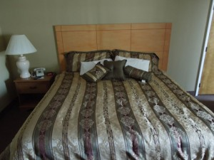 Standard Motel Room with King Size Bed